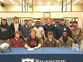 Brandon Beach - Signs with Gardner-Webb University - 12-19-18
